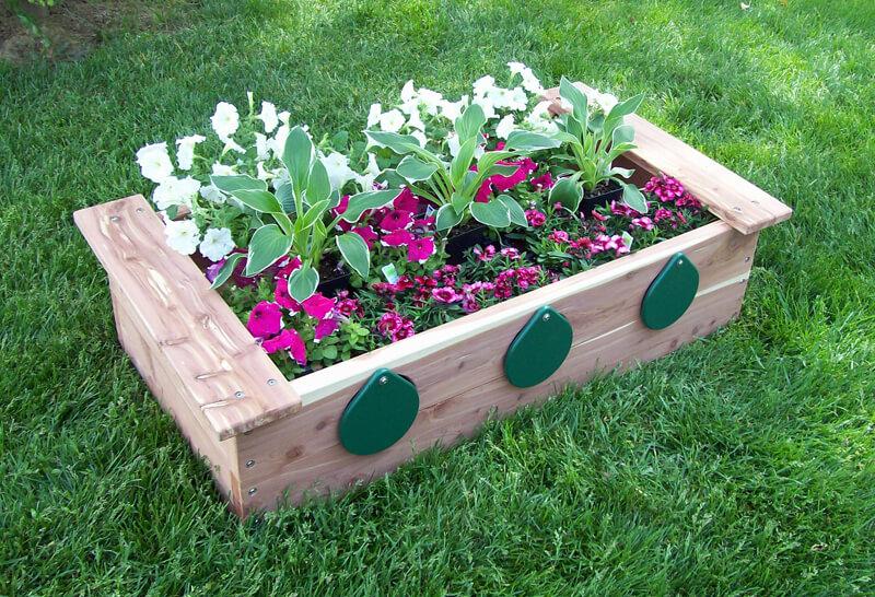Garden Box with Peep Holes - Cedar